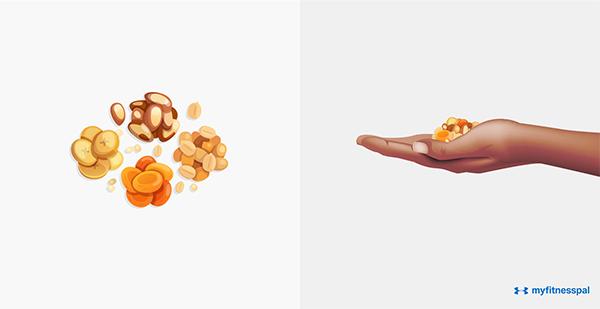 Các loại hạt, hoa quả khô cũng chỉ nên dùng một lòng bàn tay
