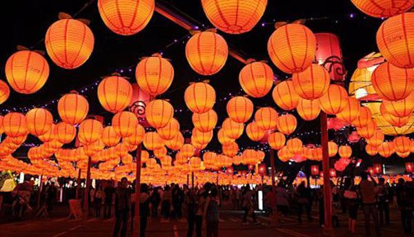 Người châu Á tưng bừng đón năm mới Mậu Tuất - 6