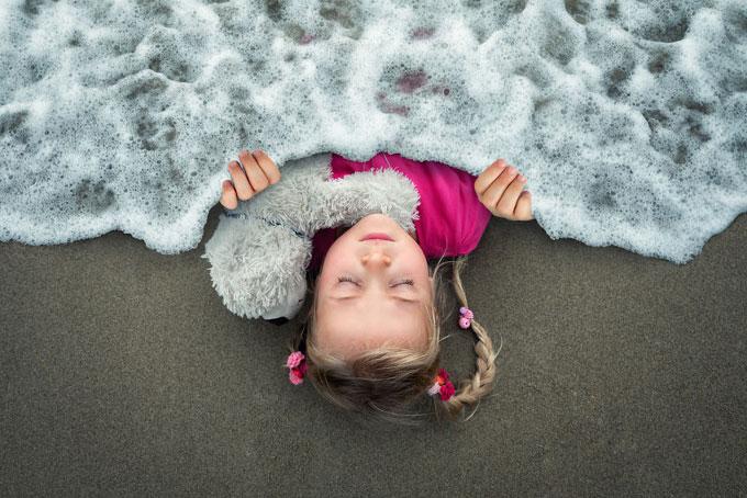 Ông bố tìm thấy đam mê cuộc đời khi chụp ảnh bốn đứa con
