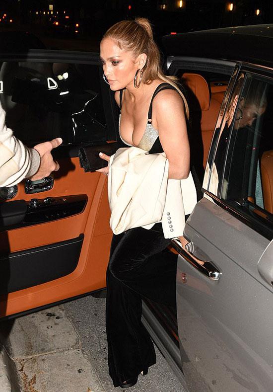 Jennifer ngày càng đẹp và quyến rũ hơn dù sắp bước sang tuổi 50.