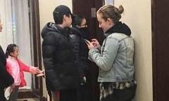 Châu Tấn đầu năm hẹn hò con gái Vương Phi