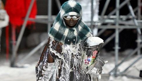 Những bộ cánh kỳ quái tại Tuần lễ Thời trang New York