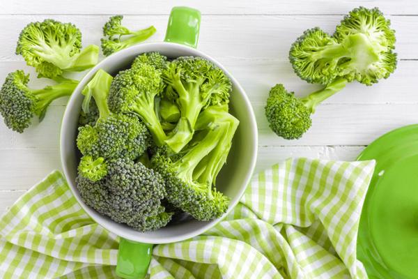 Bông cải xanh chứa nhiều dinh dưỡng, rất tốt cho cơ thể. Sulforaphane trong bông cải xanh cũng đã được nghiên cứu cho thấy có tác dụng tiêu diệt các tế bào gốc ung thư
