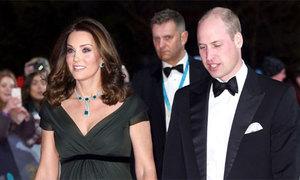 Công nương Kate bị chỉ trích vì không mặc đồ đen dự BAFTAs 2018