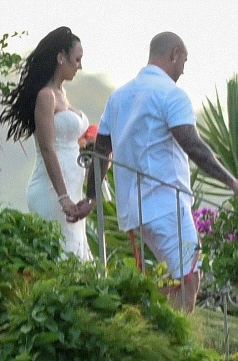 Bố Justin Bieber cưới người bạn gái lâu năm, Chelsey Rebelo.