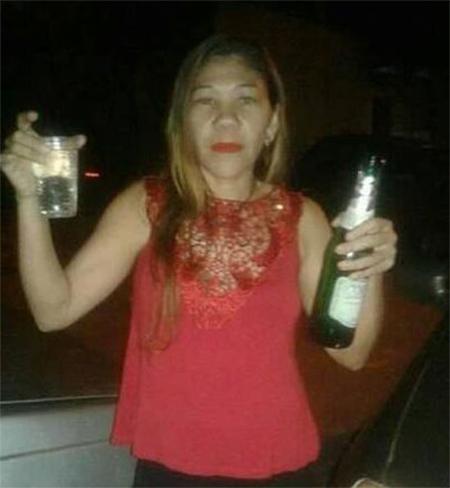 Rosangela Almeida dos Santos vẫn còn sống sau 11 ngày bị chôn xuống đất. Ảnh: Globo
