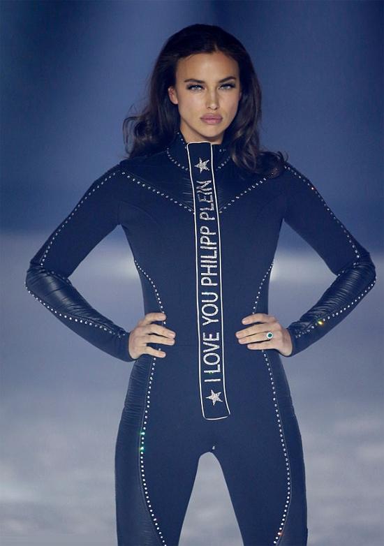 Vào tuần trước, cô xuất hiện trên sàn diễn tại Tuần lễ thời trang New York.