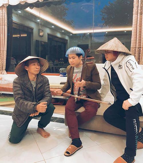 Màn xẩm cực hài của bộ 3 Trọng Tấn, Đăng Dương và Việt Hoàn