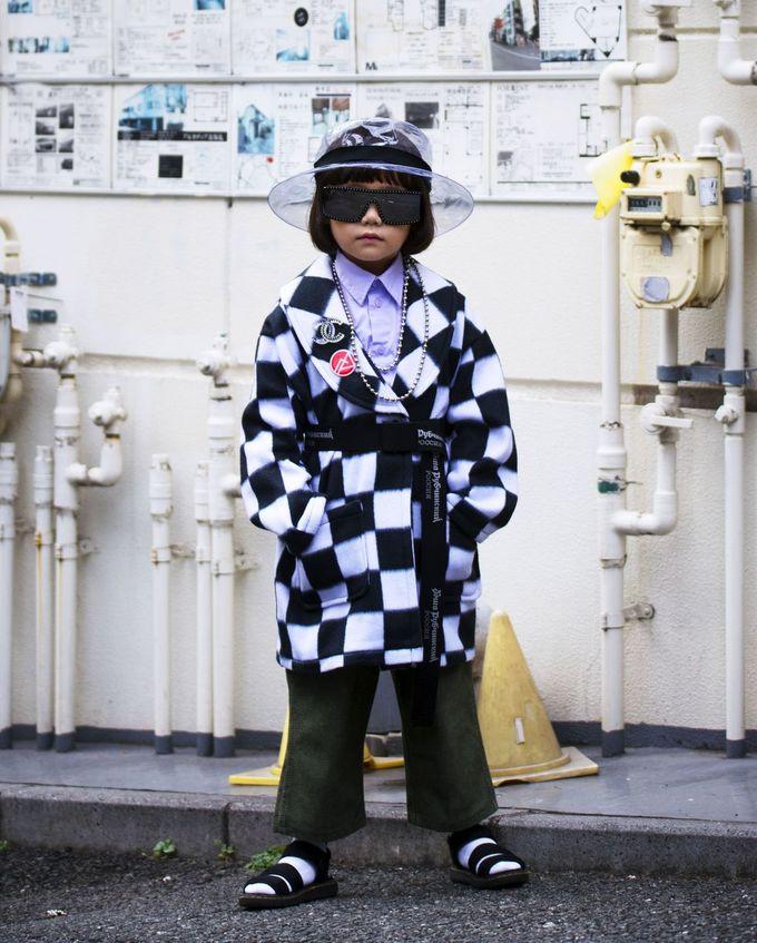 Fashionista 7 tuổi tự lên đồ cho buổi chụp hình của Elle Mỹ