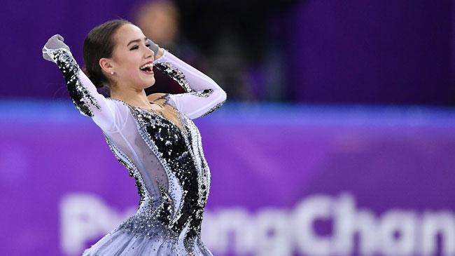 Nữ VĐV trượt băng 15 tuổi của Nga vô địch Olympic PyeongChang - 11