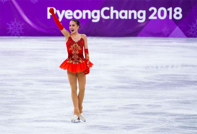 Nữ VĐV trượt băng 15 tuổi của Nga vô địch Olympic PyeongChang