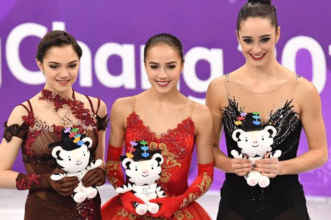 Nữ VĐV trượt băng 15 tuổi của Nga vô địch Olympic PyeongChang - 2