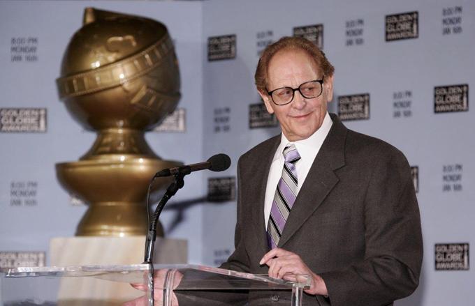 Cựu chủ tịch HFPA, Philip Berk, bị cáo buộc quấy rối tình dục.