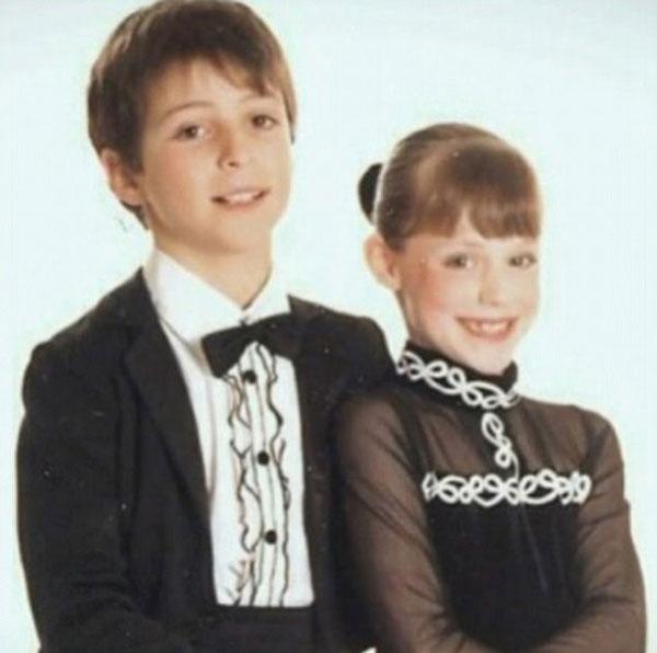 Cặp đôi trượt băng người Canada bắt đầu tập luyện cùng nhau khi mới chỉ là cô cậu nhóc học tiểu học