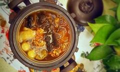 'Phật nhảy tường' - món ăn bổ dưỡng phải nấu ba ngày mới xong