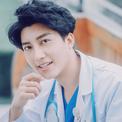 Cơ duyên làm 'bà đỡ' của chàng bác sĩ sản khoa có vẻ đẹp 'vạn người mê'