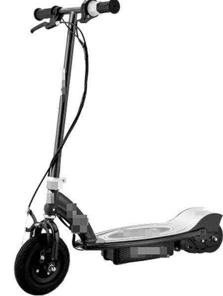 Tay cầm xe trượt điện dễ đập vào cổ những người dùng thấp bé nếu có va chạm. Ảnh minh họa