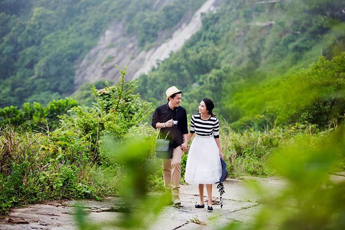 Trên trang cá nhân, vợ chồng Lam Trường hay chia sẻ những khoảnh khắc đời thường, chơi đùa cùng con gái cưng.