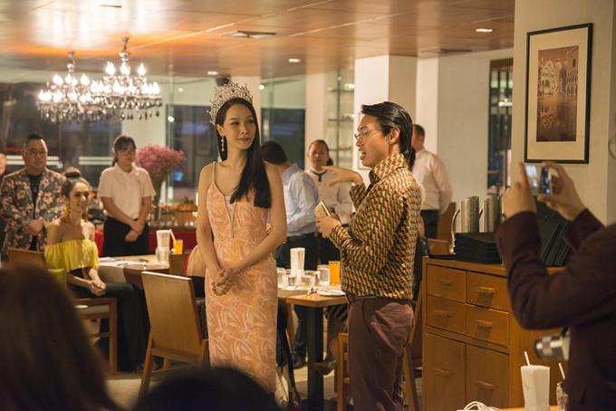 Đương kim Hoa hậu Jiratchaya Sirimongkolnawin cũng có mặt tại sự kiện đểgiao lưu với các thí sinh của cuộc thi năm nay.