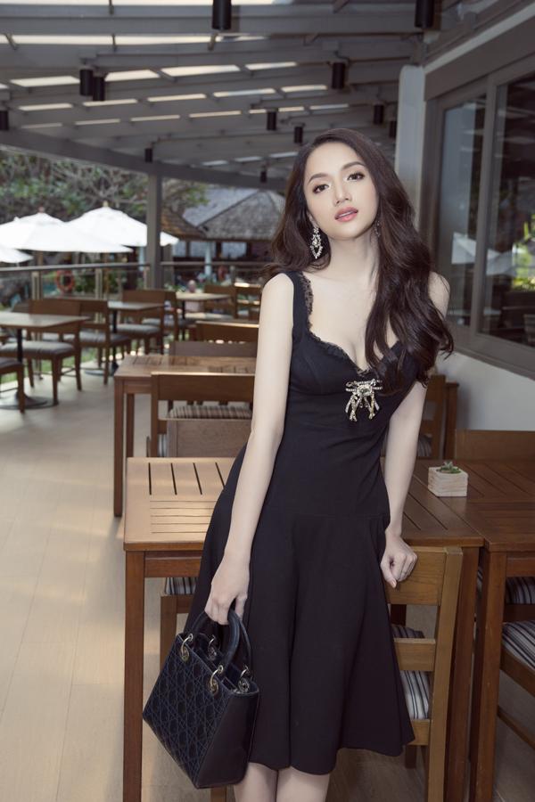 Hương Giang rạng rỡ gặp gỡ ban tổ chức Hoa hậu Chuyển giới Quốc tế - 5
