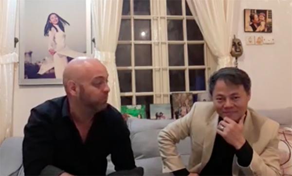 Võ sư Đoàn Bảo Châu trò chuyện với Pierre Flores tại nhà riêng. Ảnh: FB.