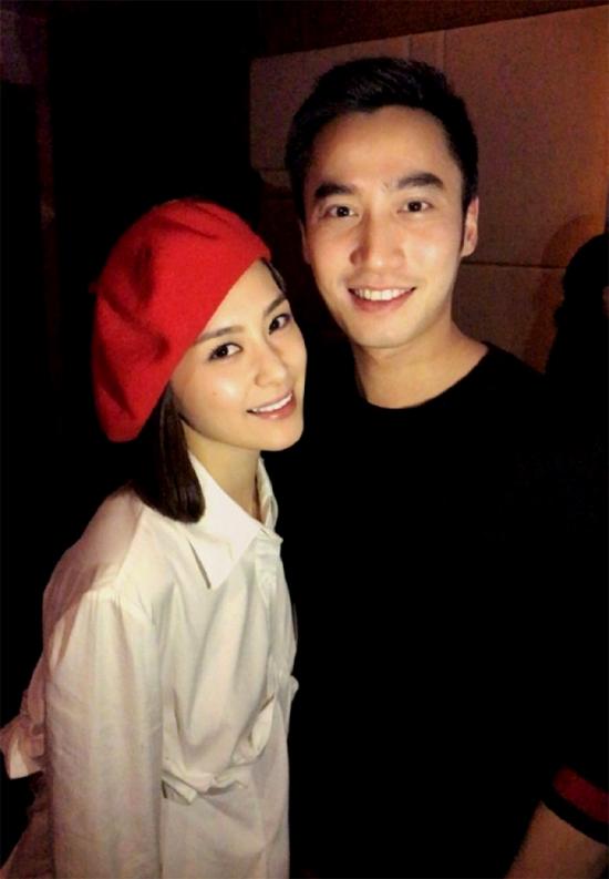 Chung Hân Đồng và hôn phu họ Lại.