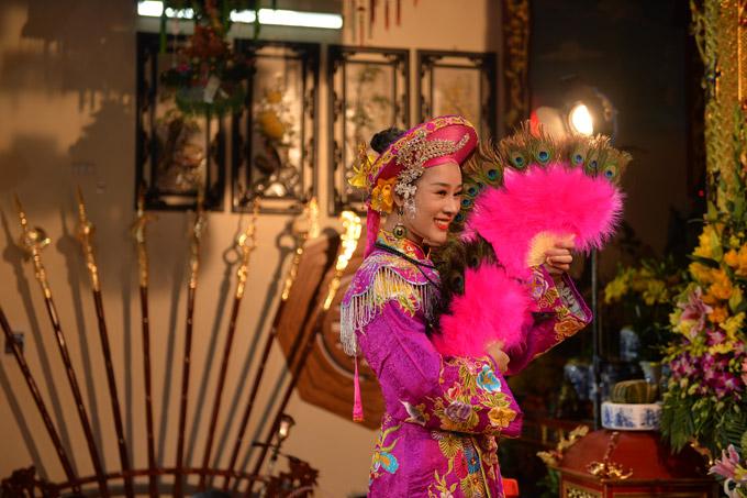 Các cảnh quay được thực hiện tại Trường linh điện của nhà Hoa Trần.