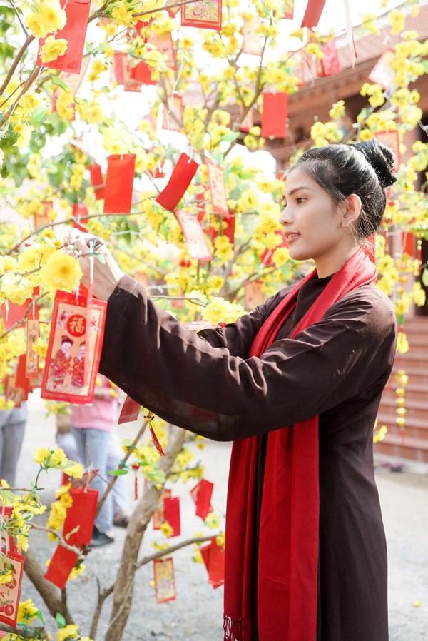 Á hậu các dân tộc Việt Nam từng được bình chọn là Mỹ nhân ăn chay hấp dẫn nhất châu Á.
