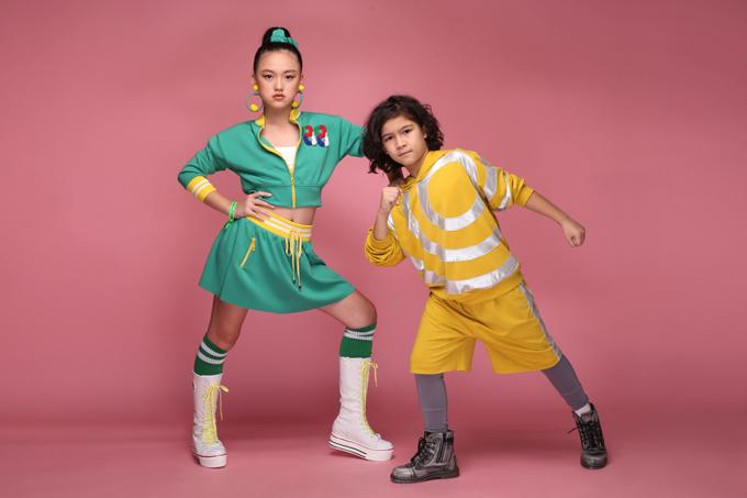 Trang phục thể thao dành cho thiếu nhi trở nên đáng yêu hơn qua bộ ảnh được thực hiện với phần tạo dáng, chuyển động linh hoạt của các mẫu nhí.