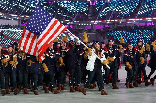 Đội tuyển Mỹ tại lễ khai mạc thế vận hội.