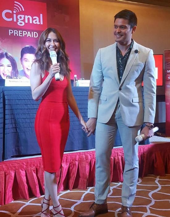 Chồng mỹ nhânđẹp nhất Philippines không ngừngâu yếm vợ tại buổi họp báo - 4