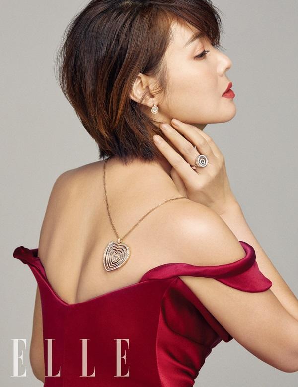 Hoa hậu Hàn Quốc tuổi 51 vẫn eo thon, ngực đầy - 4