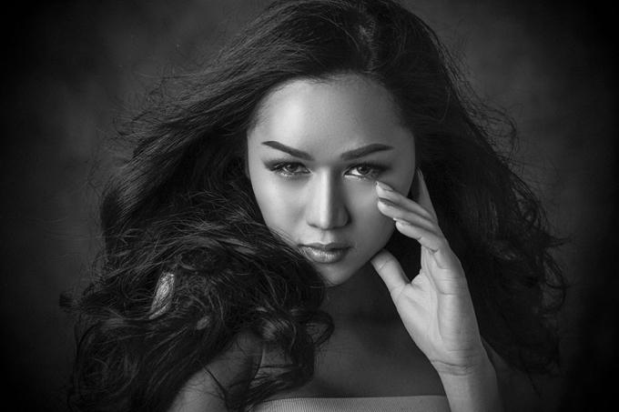Người đẹp Lào, Longsy Sinakhone.