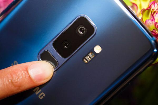 Camera khẩu độ kép trên Galaxy S9 hoạt động thế nào