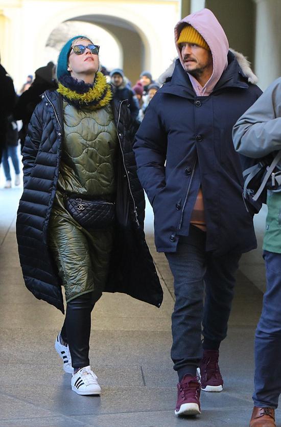 Từ khi tái hợp vào đầu năm nay, Katy Perry và Orlando Bloom lần đầu được trông thấy bên nhau hôm thứ 4.