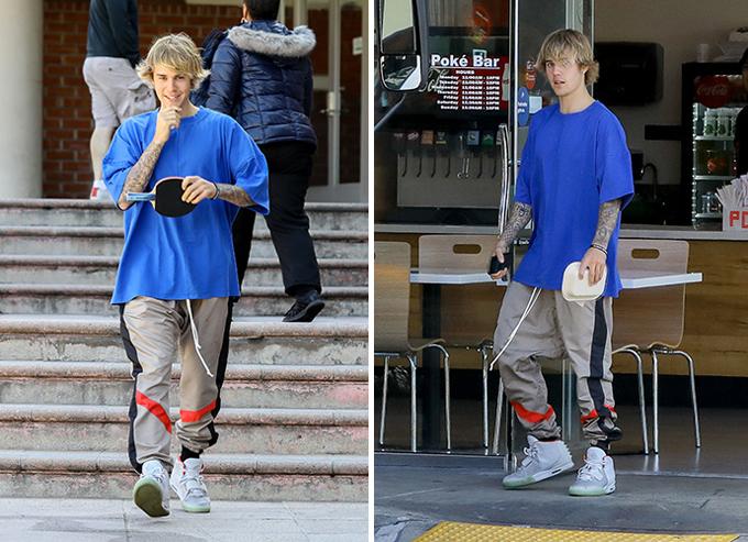Ngôi sao nhạc pop cũng đến một trung tâm để chơi môn ping pong cùng bạn. Từ hè năm ngoái đến nay, Bieber dành toàn bộ thời gian để nghỉ ngơi, tập thể thao và đi học kinh thánh. Anh chỉ tham gia một lớp học diễn xuất và chưa vội quay trở lại với âm nhạc.