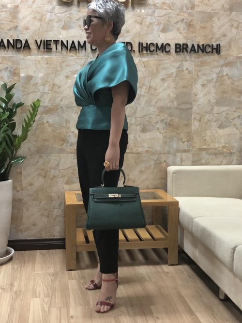 Theo chị Tuyết Nguyễn, cách phụ nữ phục trang, phục sức thể hiện phần nào tính cách con người họ.