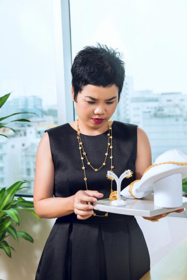 Bí quyết đẹp rạng rỡ của nữ doanh nhân Sài thành - 1