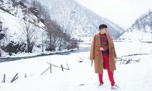 Trịnh Tú Trung chia sẻ kinh nghiệm tới thị trấn tuyết Gudauri
