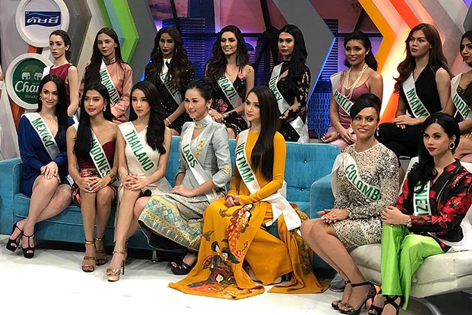 Cuộc thi đã đi được 2/3 chặng đường và Hương Giang đang tạo được dấu ấn tốt trong mắt khán giả. Hôm qua, đại diện Việt Nam đã được xướng tên người chiến thắng giải phụ Tài năng.