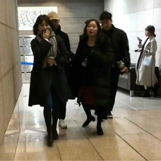 Vợ chồng Song Hye Kyo hẹn hòđi nghe nhạc - 1