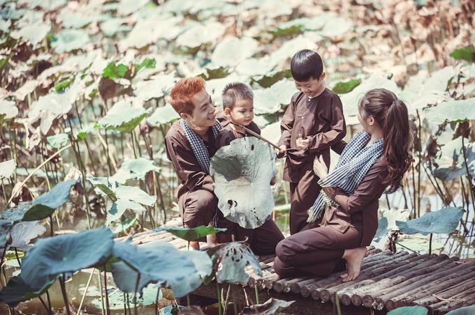 Vợ chồng Đăng Khôi đưa hai con về miền Tây tập làm nông dân - 2