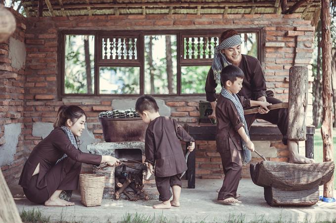 Vợ chồng Đăng Khôi đưa hai con về miền Tây tập làm nông dân - 4