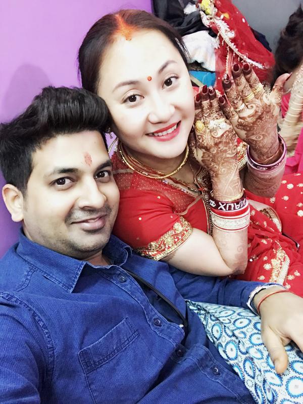 Việc lập gia đình với một người đàn ông Ấn Độ có nhiều khác biệt về văn hóa, lối sống nhưng Ngọc Xuân luôn cố gắng dung hòa để mối quan hệ giữa hai vợ chồng đượctốt đẹp.