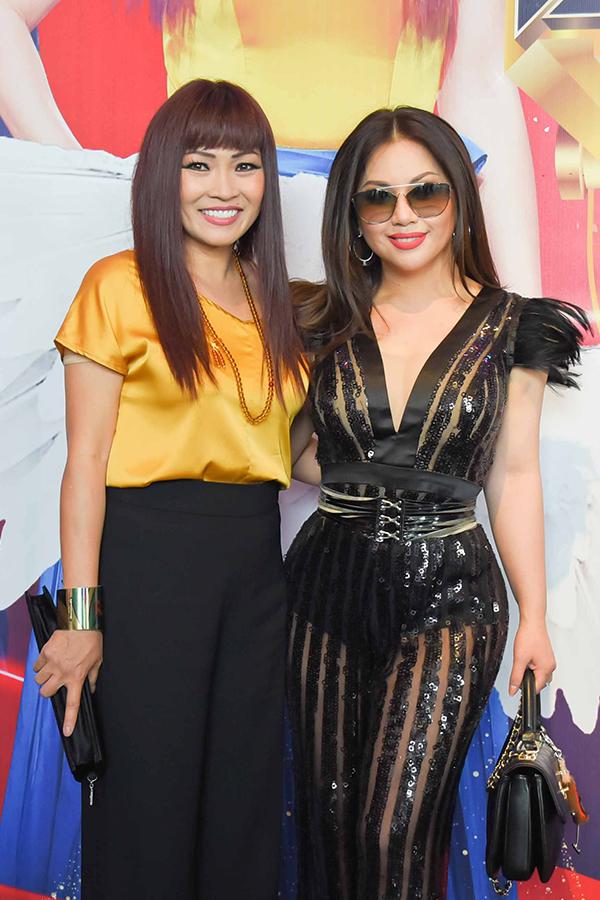 Á hậu Hoàng Oanh bất ngờ tiết lộ MC Quang Bảo là người con trai đầu tiên cô thích - 7