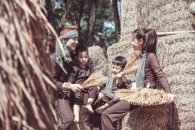 Vợ chồng Đăng Khôi đưa hai con về miền Tây tập làm nông dân - 6