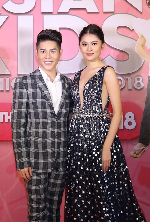 Góp mặt tại Asia Kids Fashion Week, á hậu Thuỳ Dung tiếp tục đảm nhận vai trò MC tiếng Anh cho chương trình.