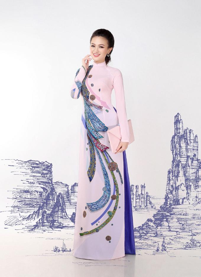 Thái Tuấn ra mắt BST áo dài Con đường tơ lụa - 4