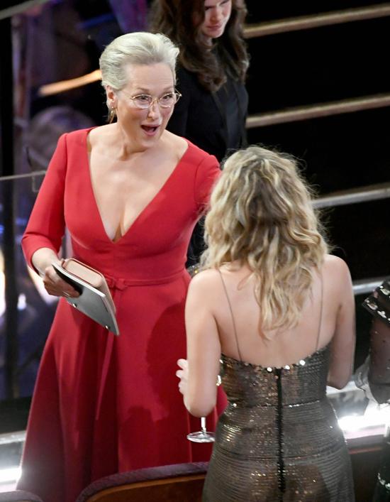 Cô gặp thần tượng Meryl Streep.