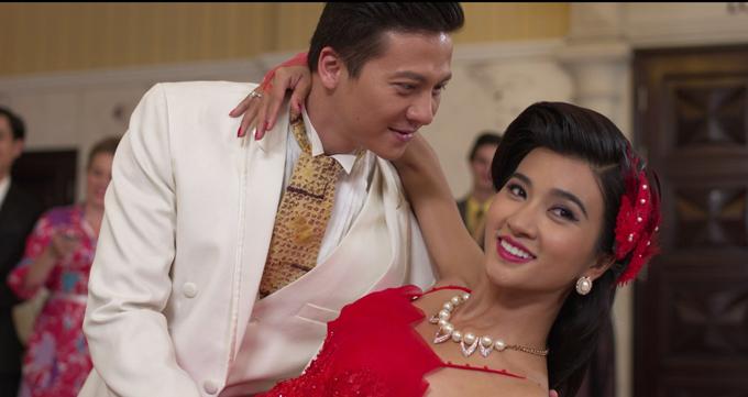 Dương Hoàng Anh đóng cặp với Kim Tuyến trong phim.